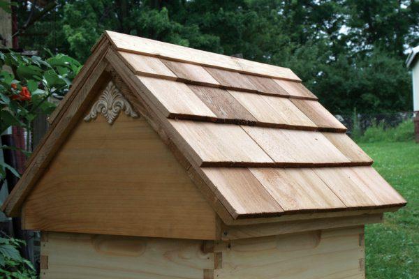 Cedar Shake Shingle Pitched Roof Hive Top