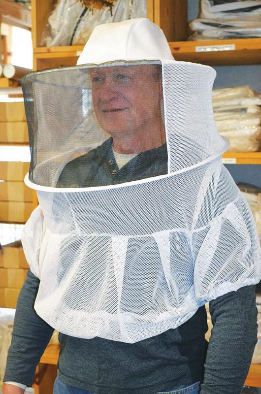 Pullover Shoulder Veil