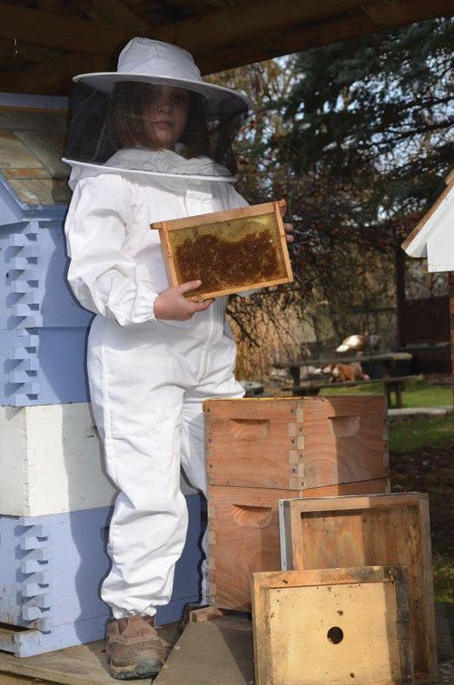 Bee Kids Beekeeping Suit Queen Right Colonies