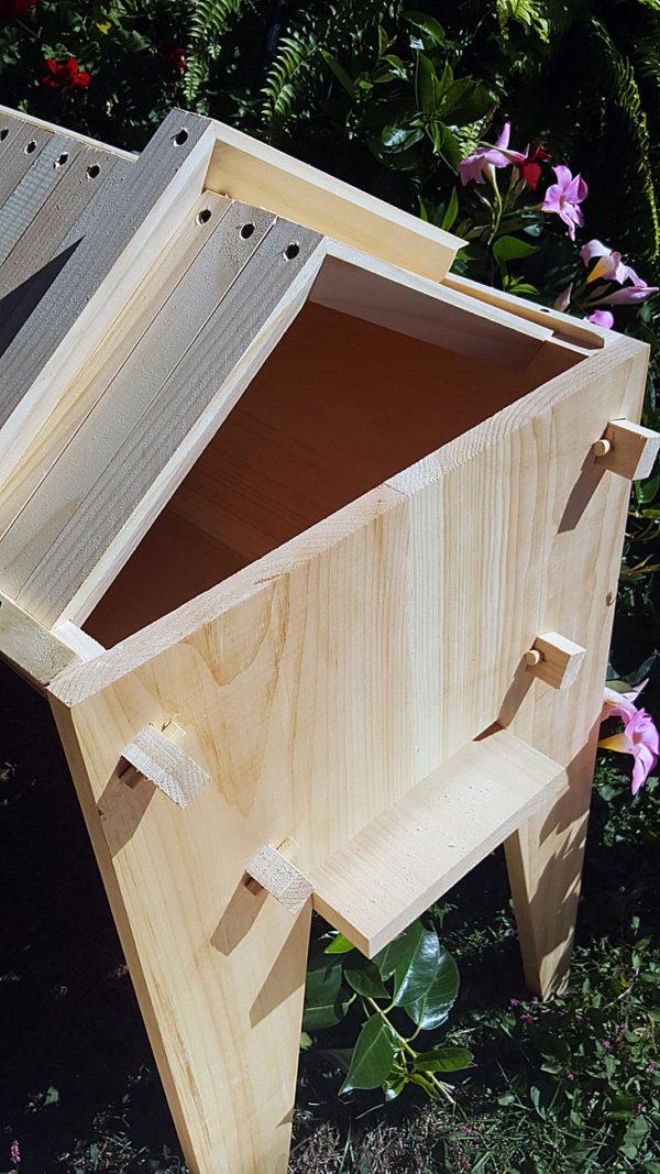 Gabel Roof Hive